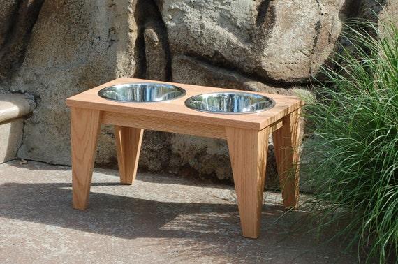 Raised Dog Bowl in Natural Oak (Large)