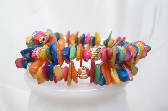 Multi Color Shell Memory Wire Bracelet