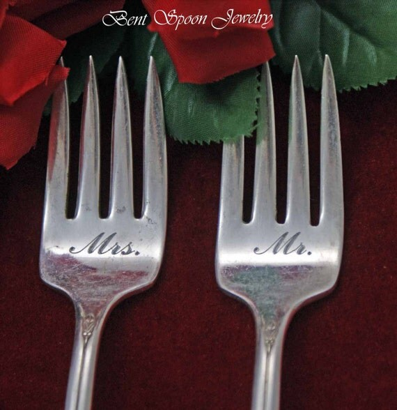 Wedding Gift Knife Penny : Mr. and Mrs. Wedding Forks, Cake Forks, Vintage Wedding, Bride and ...