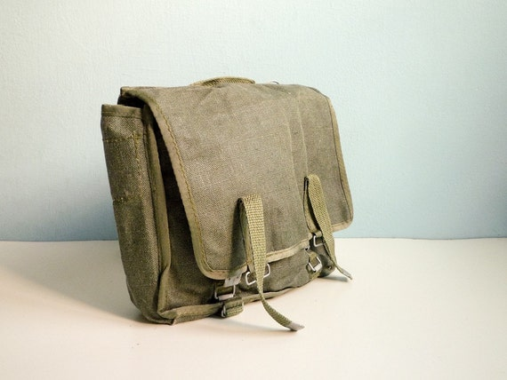 Vintage military bag green canvas messenger army