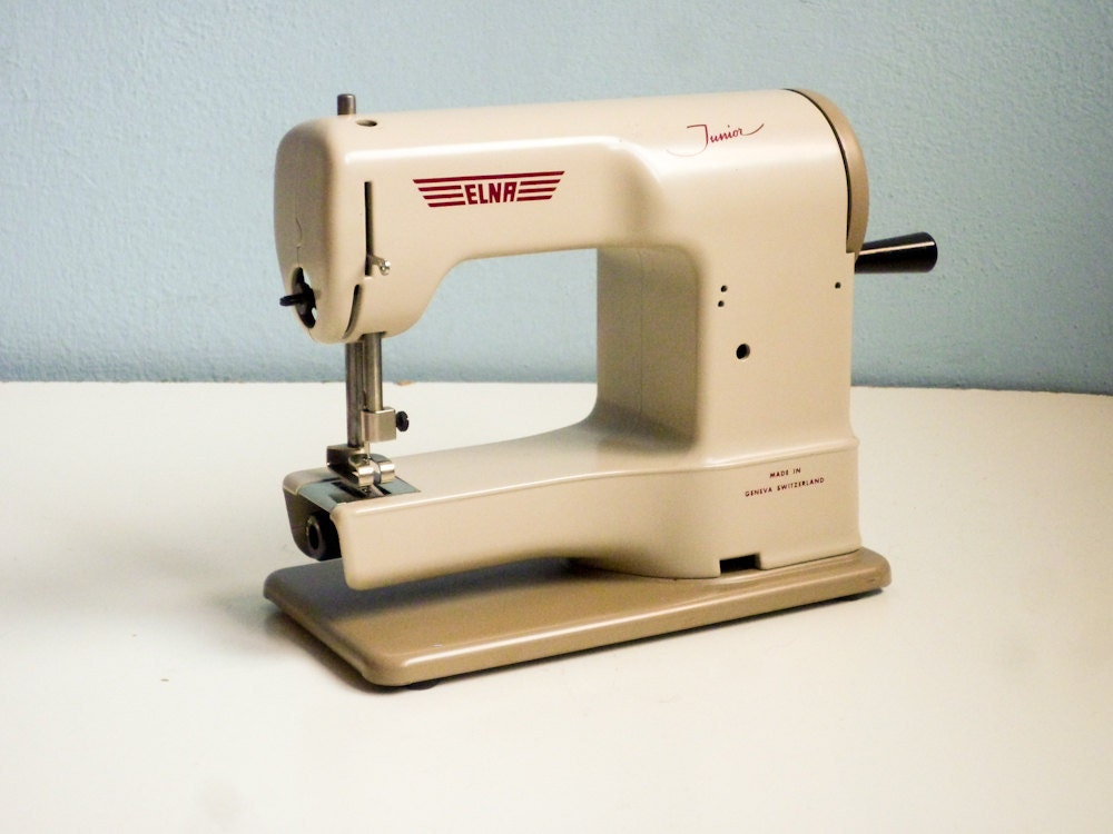 Rare 50s elna working sewing machine elna junior swiss made for Machine a coudre 1950