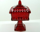Candy dish with lid, red