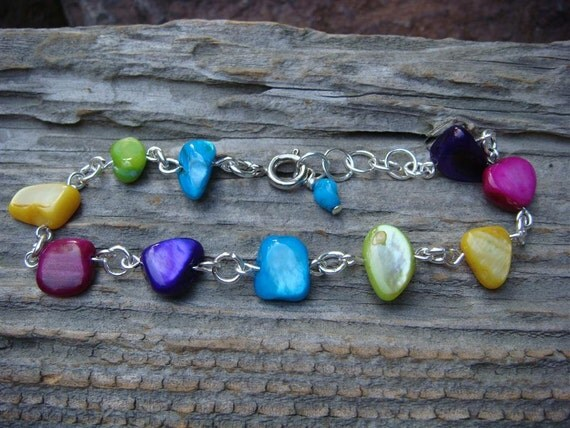 Multi-Colored Mother of Pearl Link Bracelet
