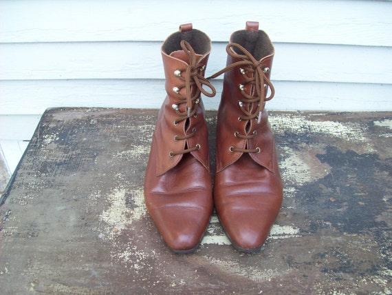 Eighties Brown Granny Lace Up Boots