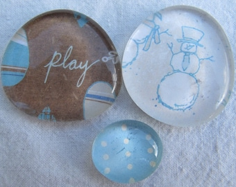 Glass Pebble Magnet  - Snowman - Set of 3 - Winter - Holiday - Blue - Brown - White - Christmas gift