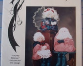 Santa Claus, Mrs. Claus and Angel Country Heartstrings Sewing Pattern