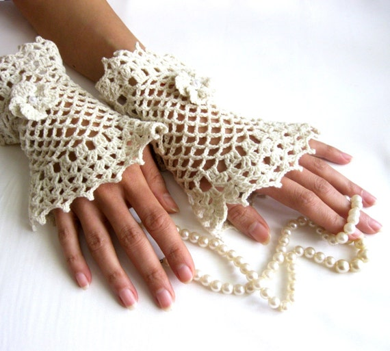 Romantic Lace Cotton Cuffs  with  Flowers