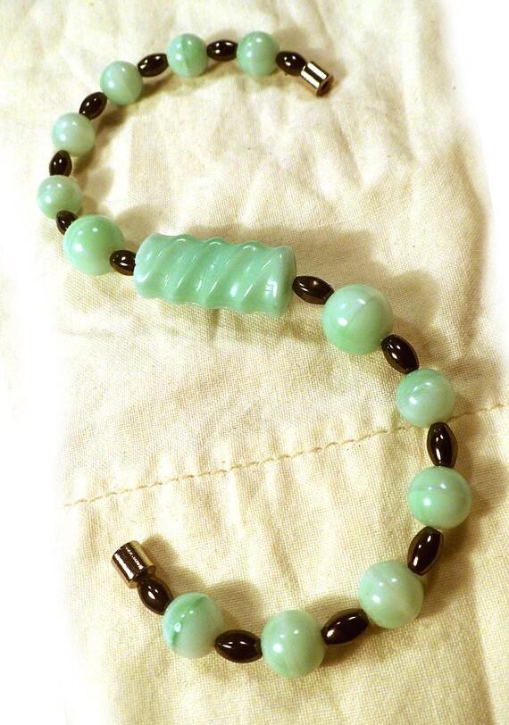 Vintage Sea Foam Bead Magnetic Healing bracelet