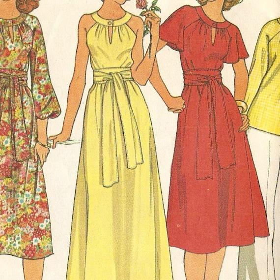 Vintage McCalls Dress pattern 6012 size 14 - 16, bust 36 - 38,1970s Uncut