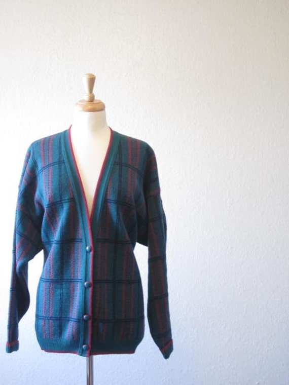 SALE//1980's green and pink cardigan