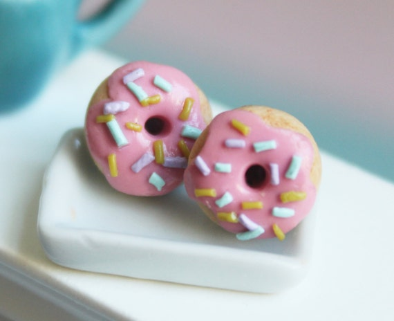 Miniature food - Donuts stud earrings hypoallergenic (Surgical Steel)