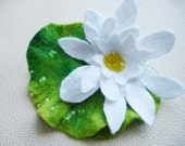 Lotus felt brooch- hairclip