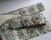 Handmade crystal rhinestone and pearl belt             VJSE