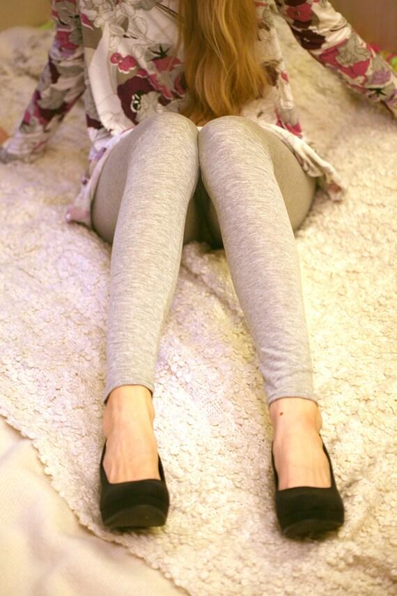 Light grey, burgundy, black, blue or violet leggings