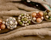 "grandmas Vintage ""cluster beaded earring"" bracelet"