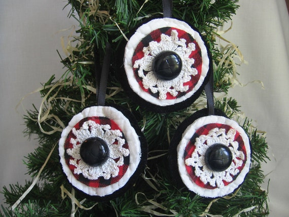 Rustic Country Doily Christmas Tree Ornaments Red Black Christmas Ornaments
