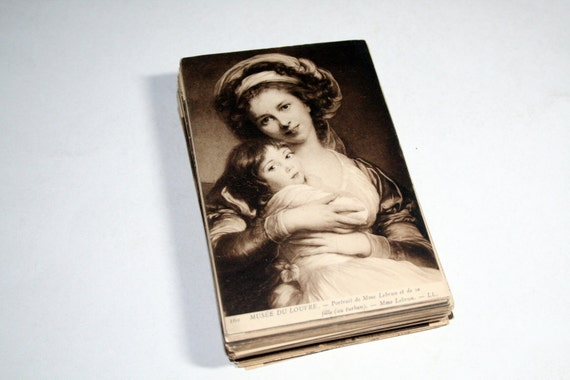 75 Vintage Artwork of the Louvre Postcards Blank - Wedding Guestbook