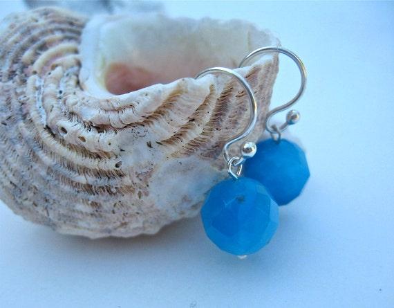 Ocean Blue Earrings, Sterling Silver Aqua Agate Faceted Gemstone jewelry, Aquamarine - simple and modern pair