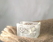 Sugar Holder Paisley and Dots Etched Glass