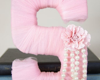 "Tulle wrapped letter ""S"" - wedding decoration, table centerpiece, photography prop"