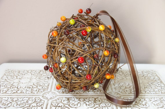 Rustic Grapevine Pomander - Kissing Ball - Fall Wedding Decoration - Rustic Barn Wedding - Flower Girl Pomander