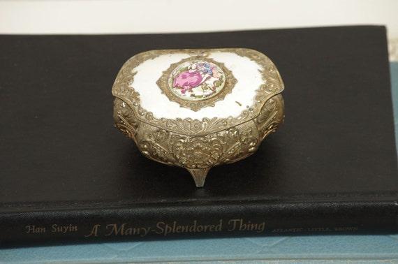 Vintage Ring Box - Trinket Box - Jewelry Box - Red Velvet - Victorian - Metal - JAPAN