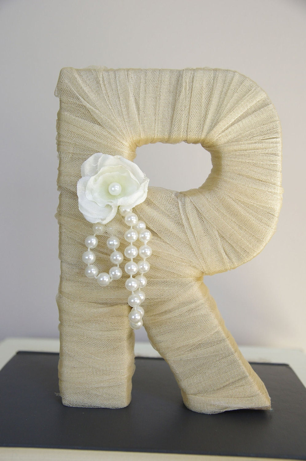 Tulle Wrapped Letter R Wedding Decoration Table