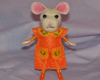 Needle Felted Mouse Dressed in Orange - FREE SHIPPING to US and Canada