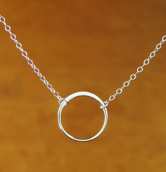 Single Circle Necklace in Silver, bridesmaid gift, wedding gift, gift idea, bridal, birthday, simple, everyday, 16