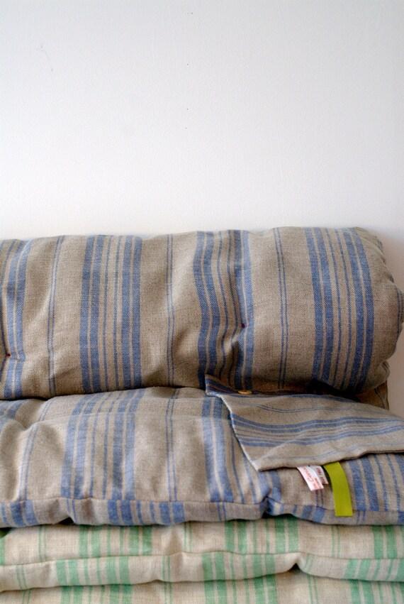 Surmatelas couverture, en lin à rayures bleues - sale 50%