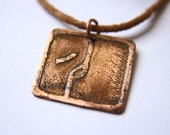 WORLDBRIDGER Mayan Pendant ( Maya CIMI / Spanish ENLAZADOR de Mundos ). Galactic Symbol or Gliph or Sign Maya. Etched copper
