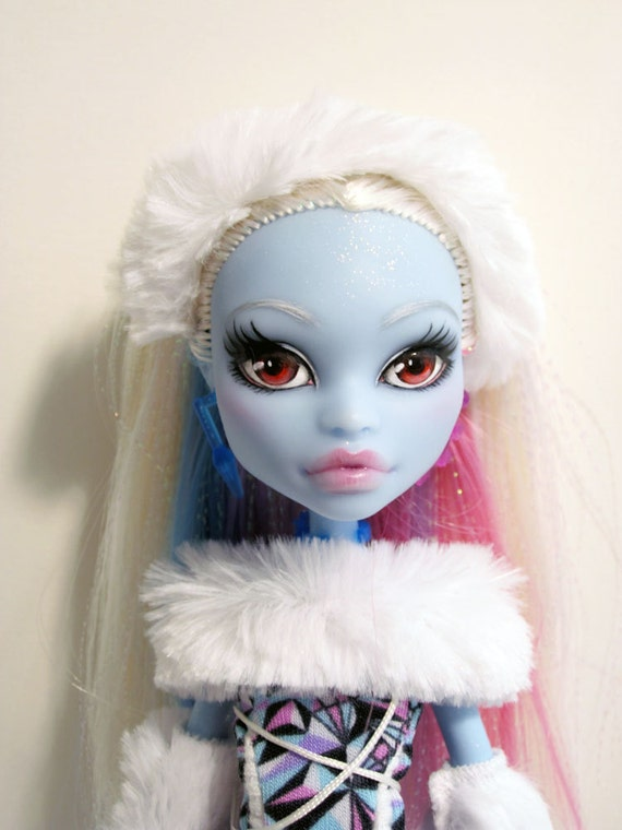 Monster High custom ooak  - Abby Bominable