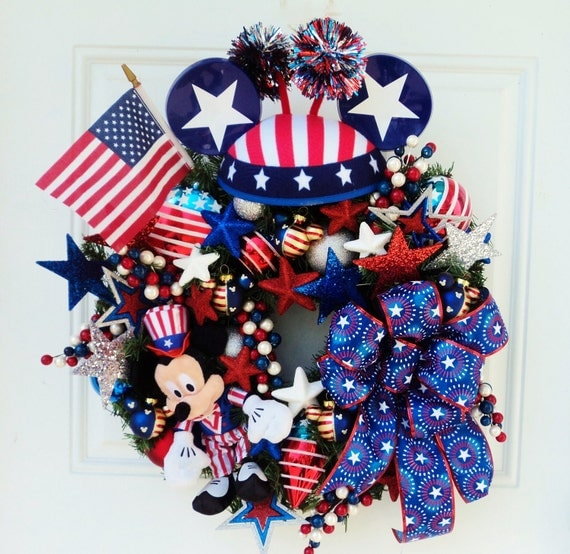 Mickey Mouse Patriotic Wreath Veteran's Day Wreath Memorial Day Wreath - GOING FAST