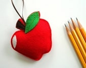 Back to school... an apple to welcome your teacher... Thank you... a felt apple gift for your favorite teacher