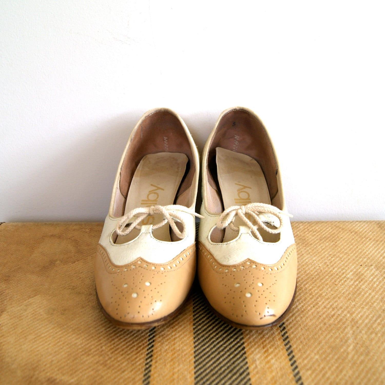 Model Antique Images Women39s Vintage Shoe Fashion 1917 Vintage Black And