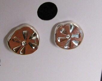 Silver Stud Earrings - Sand Dollars