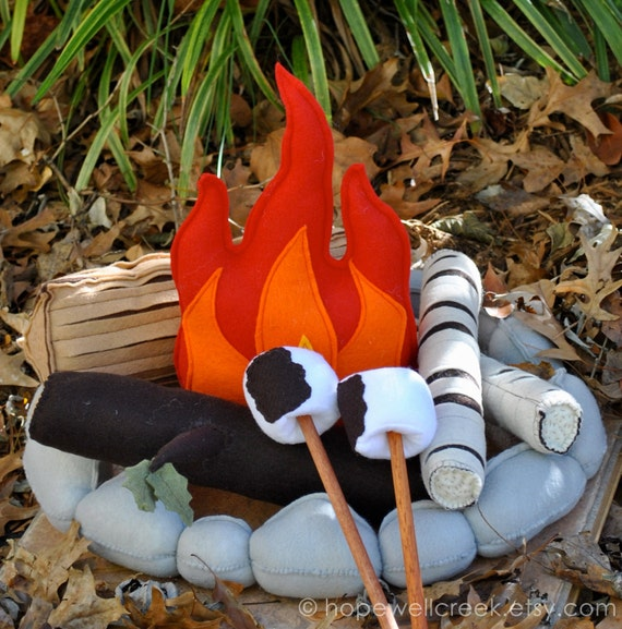 Felt Campfire Handmade REDUCED PRICE Felt Toy Pretend Flame Rocks Logs and Marshmallows
