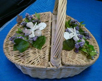 Beach Basket for Picnic or Wedding