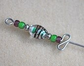 Beaded Orifice Hook in purple and green