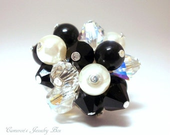 Pearl Cluster Ring, Black and White, Swarovski Crystals, Wire Wrapped Ring, Bridesmaid Gift, Handmade Jewelry