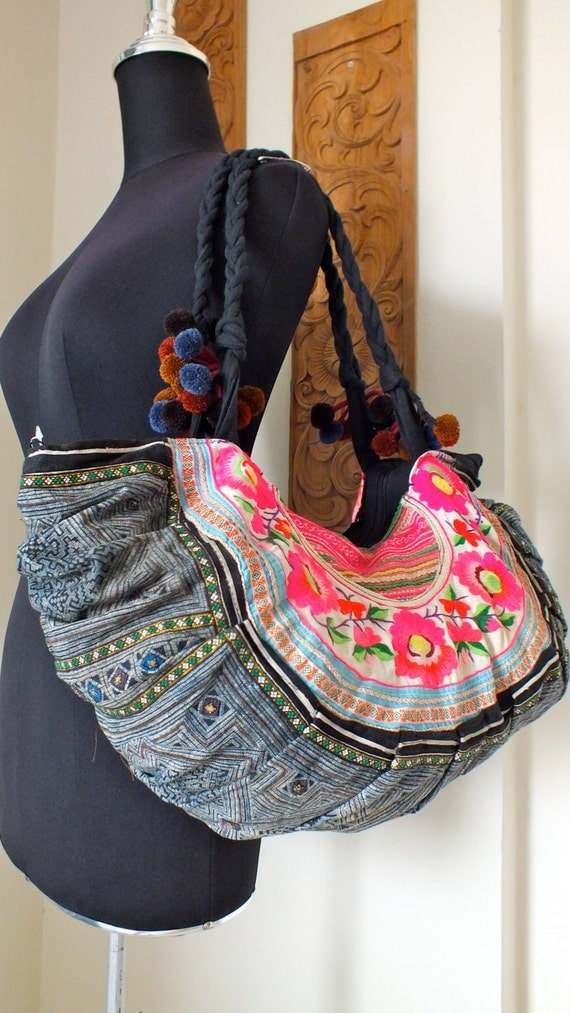 Hmong Ethnic handmade bag vintage style work beautiful silk stitching and Indigo