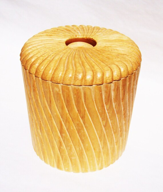 Vintage Georges Briard Wooden Ice Bucket with Plastic Inside Carved Swirl Design