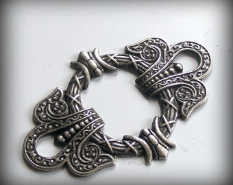 Oxidized Sterling Silver Plated Brass Filigree Stamping Focal Framework  55x38mm C210-VSJ S-4370