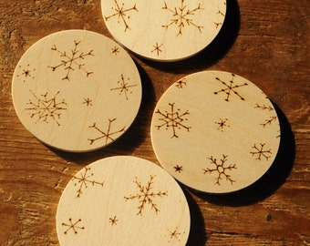 4 Christmas coasters, snowflakes, wooden coasters, rustic Christmas holiday decor, engraved with pyrography