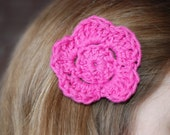 Flower power clip in hot pink