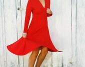 60s RED Fancy Twirl Wiggle V Neck Long Sleeved Classic Dress.....small medium......red hot. 60s dress. v neck. long sleeved. fancy. classic.