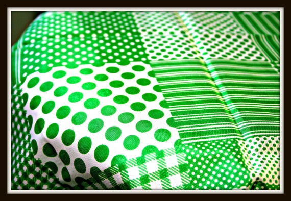 70s Vintage GREEN and White POLKA DOTS Scarf.....dots. checkered. stripes. mod. head. neck. retro. silky.