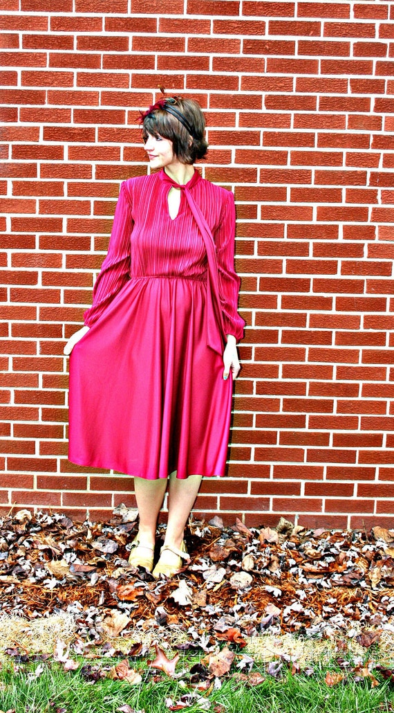 1960s CRANBERRY Ruffled Twirl FANCY Dress....size small to medium.....mod. 60s dress. crimson. red. pleated. ruffled. cranberry. party dress