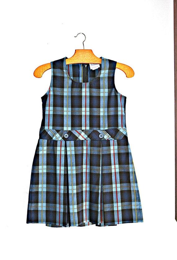 70s Vintage PLAID School Girl PREPPY Girls Dress.....size 6-8.....mod. prep. plaid. girls dress. school girl. library. prim and proper