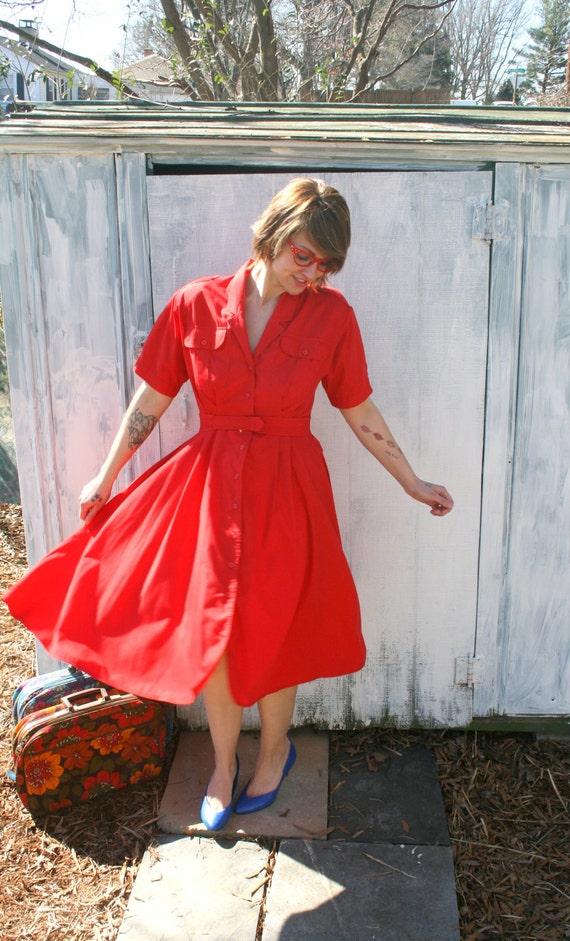 80s Vintage BRIGHT RED Wiggle Twirl Dress....size medium....mod. bright red lipstick. wiggle. swing. twirl. retro